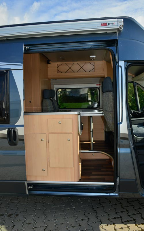 wohnmobile clever in stuttgart wohnmobil boxstar solution 600. Black Bedroom Furniture Sets. Home Design Ideas
